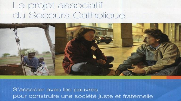 Secour Catholique Petite taille.jpg
